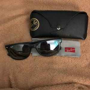Ray ban wayfarer mirror sunglasses
